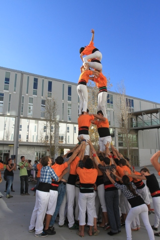 Castellers of the URV rehearsing on campus.
